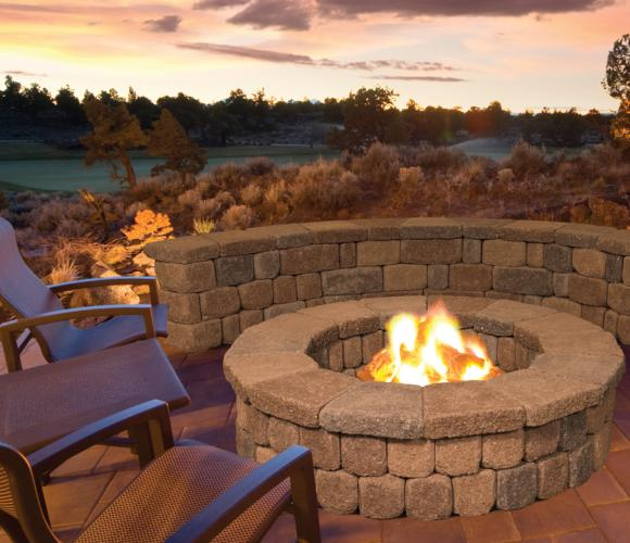 A A Stepping Stone The Destination For Your Backyard Paradise Stonewall Ii Fire Pit Kits